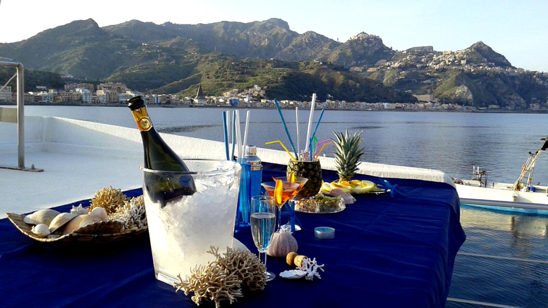 aperitivo-barca-taormina
